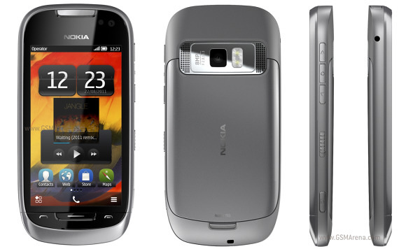 harga Nokia 701 baru bekas, fitur spesifikasi ponsel handphone Symbian Belle layar sentuh kapasitif, kelemahan kekurangan dan kelebihan desain Nokia 701, hp tipis ada 3G/HSDPA dan WiFi GPS